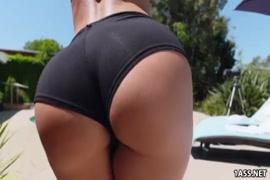 Video lesbianas maduras con lenguas largas